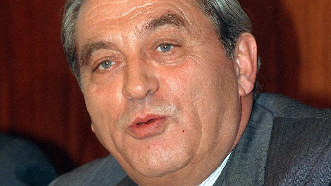 Als seine wichtigste persönliche Leistung bezeichnete Pöhl das Statut der EZB, das unter seinem Vorsitz erarbeitet wurde.
