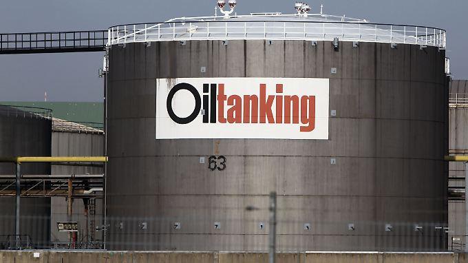 Die Talfahrt der Ölpreise scheint vorerst gebremst.