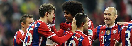 Harlem Globetrotters der Bundesliga: Der FC Bayern München feiert seinen Sieg gegen Freiburg.