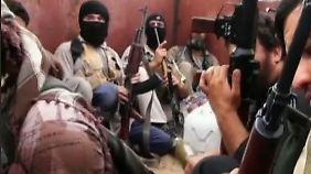 Loyalität sinkt: IS soll über 100 abtrünnige Mitglieder hingerichtet haben