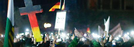 Peinliche Recherche bei Pegida-Demo: RTL entlässt Undercover-Reporter