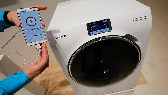 Die neuesten Waschmaschinen lassen sich per Handy fernsteuern. Vielleicht wird es in Zukunft sogar möglich sein, Zeugenaussagen von Waschmaschinen zu bekommen?