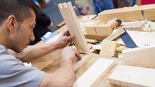 Das deutsche Handwerk will mit der Politik über Ausbildung statt Abschiebung sprechen.