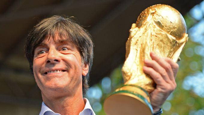 Für Joachim Löw war der WM-Titel nur ein Etappenziel. Next Stop: die EM-Krone 2016 in Frankreich.