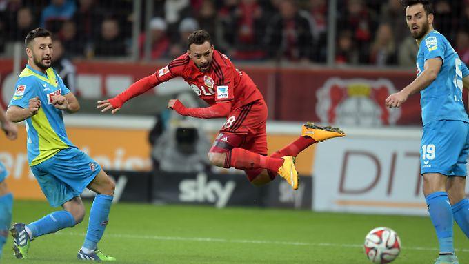 Leverkusens Karim Bellarabi war einer der Überflieger in der Bundesliga-Hinrunde.
