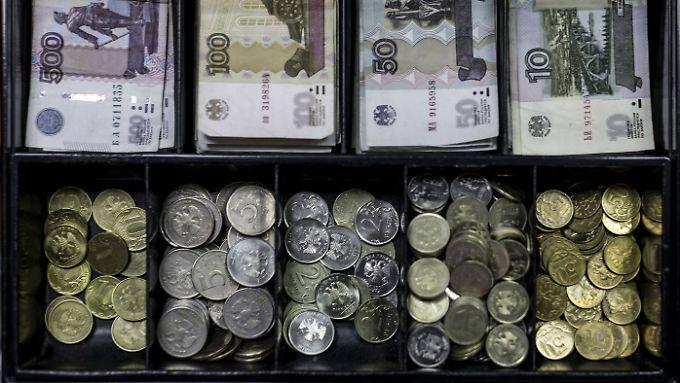 Der russische Rubel konnte sich zuletzt leicht stabilisieren.