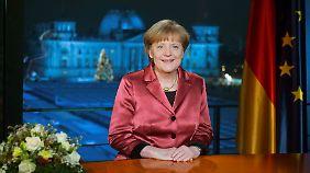 Neujahrsansprache der Kanzlerin: Merkel warnt Bürger vor Pegida