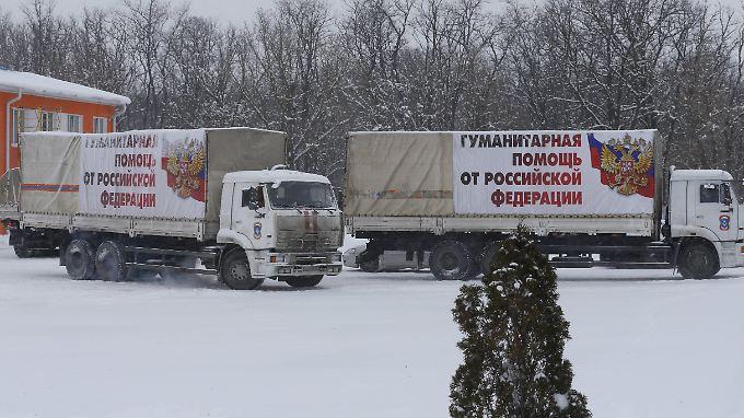 Der elfte Konvoi (hier auf russischem Territorium) hat inzwischen laut Moskau die Ukraine erreicht.