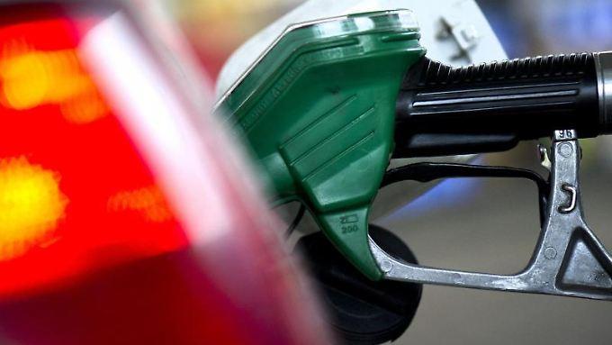 Ein Experte sieht trotz des derzeitigen Anstiegs der Ölpreise bald eine Grenze erreicht.