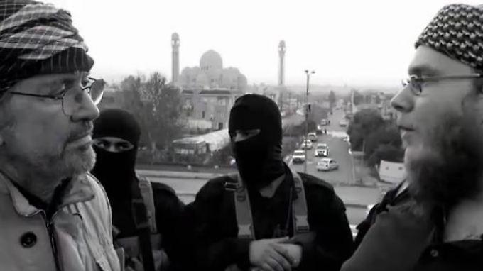 """Todenhöfer interviewt IS-Kämpfer: """"Werden mit der Waffe nach Deutschland zurückkehren"""""""