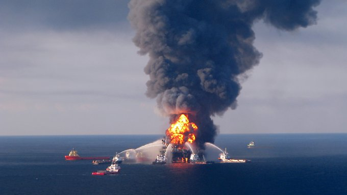 """Das Unglück der """"Deepwater Horizon"""" wurde zur Ölkatastrophe. BP kann das jetzt teuer zu stehen kommen."""