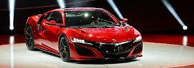 Für 150.000 Dollar fährt der NSX als Acura Ende des Jahres zu den US-Händlern. Kurze Zeit später wird es ihn auch in Europa geben: als Honda NSX.