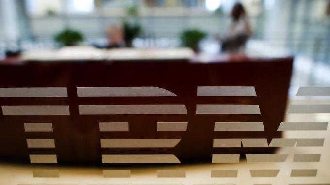 Mitarbeiter in Schlüsselqualifikationen will IBM weiterhin einstellen.