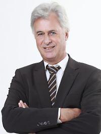 Peter Brandstaeter ist geschäftsführender Gesellschafter des Fonds Ladens und ein vehementer Befürworter von Investmentfonds als ideale Anlage für private und institutionelle Investoren.