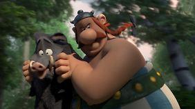 Gleich zu Beginn trumpft der Film mit einer actionreichen und witzigen Wildschweinjagd auf.