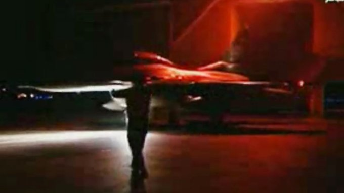 Das ägyptische Staatsfernsehen zeigte Fotos von Kampfflugzeugen, die in Libyen zum Einsatz gekommen sein sollen.