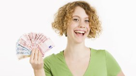 Auch wenn es verlockend ist: Geld, das unbeabsichtigt auf dem Konto gelandet ist, darf man nicht ausgeben.