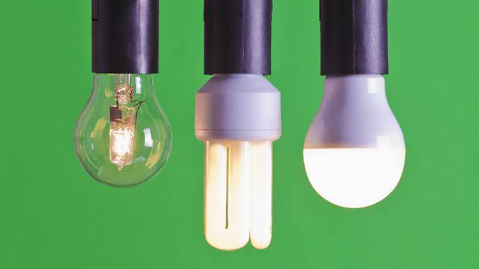 die richtige wohnungsbeleuchtung halogen energiesparlampe oder led n. Black Bedroom Furniture Sets. Home Design Ideas