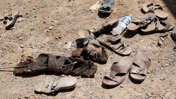 Immer wieder finden Ermittler im Irak Massengräber mit den sterblichen Überresten der vom IS ermordeten Menschen.