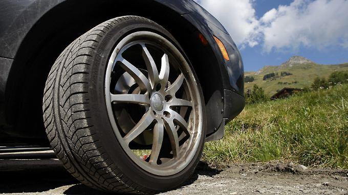 Immer höher hinaus? Das Absatzwachstum der Autoindustrie verlangsamt sich auf den wichtigen Märkten, der Zenit scheint erreicht.