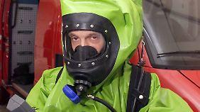ABC-Schutzanzüge und -Erkundungsfahrzeuge sind Bestandteil des Zivil- und Katstrophenschutzes.