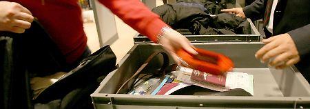 Mitgeführtes Handgepäck wird in Zukunft noch schärfer kontrolliert.
