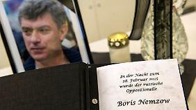 Russen mutmaßen über Nemzow-Mord: Außenminister Lawrow warnt vor voreiligen Schlüssen