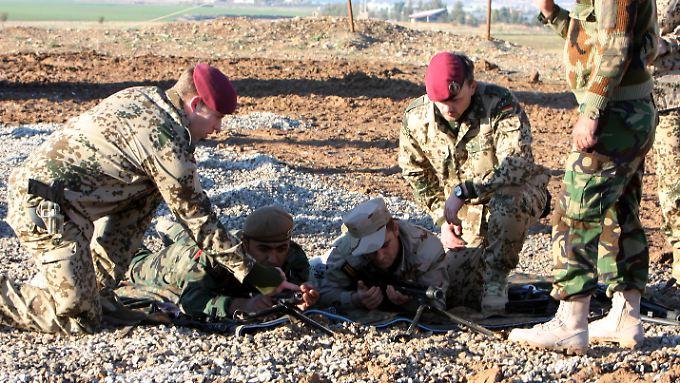Die Bundeswehr bildet kurdische Kämpfer im Irak aus.