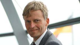 Rüdiger Kruse ist Mitglied im Haushaltsausschuss des Deutschen Bundestags und stellvertretender Vorsitzender der Hamburger CDU.