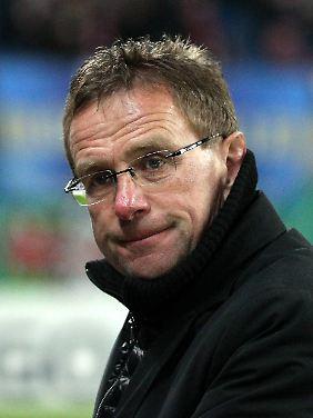 """Sollten wir mal in der Bundesliga spielen, wird das Stadion wohl 17 Mal pro Saison ausverkauft sein"""": Ralf Rangnick."""