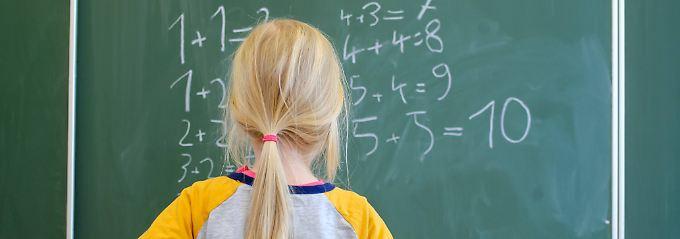 Mädchen und ihre Zahlen-Abneigung: Ohne Mathe gibt's weniger Karriere