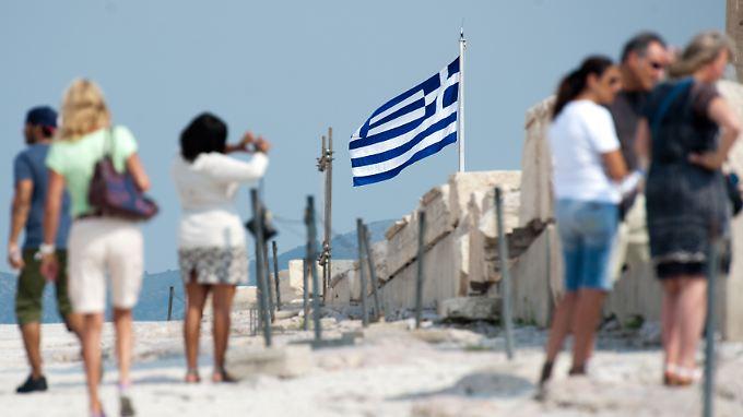 500 Euro Staatshilfe für den Griechenland-Urlaub: Ganz zu Ende gedacht ist die Idee nicht.