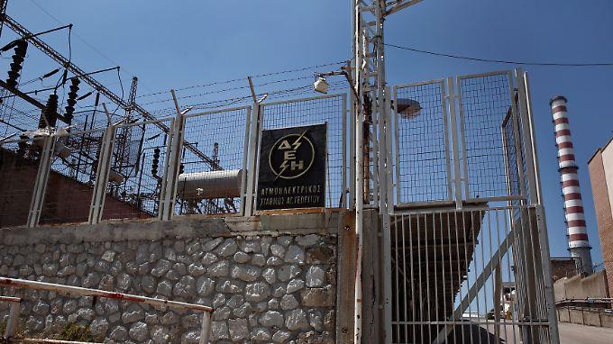Ein Elektrizitätswerk von DEI im Westen Athens.