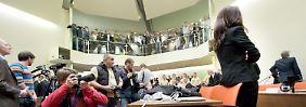 Journalist im Gericht bedroht: Zeuge gibt Kontakt zu NSU im Untergrund zu