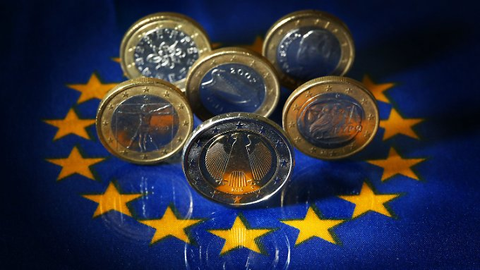 Euro-Münzen aus Deutschland, Griechenland, Italien, Portugal und Spanien