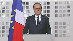 """Hollande zum Germanwings-Absturz: """"Möglicherweise hohe Anzahl an deutschen Opfern"""""""