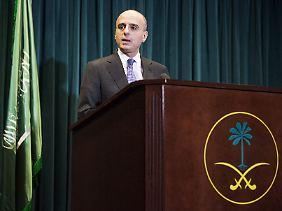 Die sunnitisch geprägten Staaten ziehen in den Krieg: Saudi-Arabiens Botschafter in den USA, Adel al-Dschabir, bei seinem Auftritt vor der Presse in Washington.