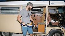 Multimillionar macht auf Abenteurer: Baseballstar lebt in altem VW-Bus