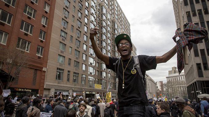 Die Wut wächst: Demonstanten protestieren in New York.