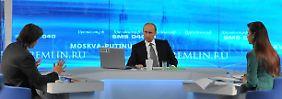 Was macht Putin, wenn es brennt?: Unbequeme Fragen, ruhiger Präsident