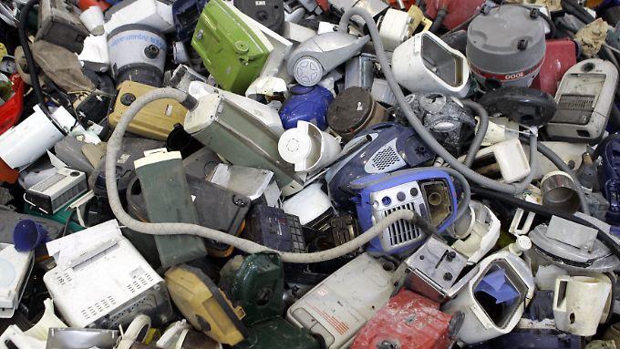 Der Abfallberg entspricht rund 1,15 Millionen voll beladenen Lastwagen.