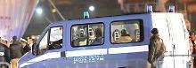 Video: Zwei Crewmitglieder des Flüchtlingskutters verhaftet