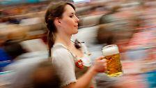 Ein Hoch auf Hopfen, Malz und Wasser: Die Geschichte des Bieres