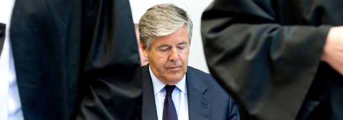 Hochkonzentriert während des Prozesses: Josef Ackermann.