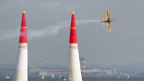 Red Bull Air Race: Dolderer landet in Japan auf dem Treppchen