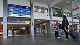 Verspätungen und Zugausfälle: Unbefristeter GDL-Streik im Personenverkehr der Bahn läuft
