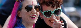 Weltweite Premiere: In Irland wählt das Volk die Homo-Ehe