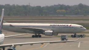 US-Kampfjets eskortieren Flugzeug: Anonymer Anrufer droht Air-France-Maschine mit Bombe