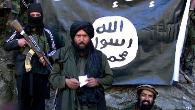 Ein Bild aus einer Videobotschaft des Islamischen Staates.