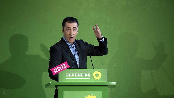 Grünen-Chef Cem Özdemir unterstützt die HDP, die sich gegen den Alleinherrschaftsanspruch der AKP wendet.